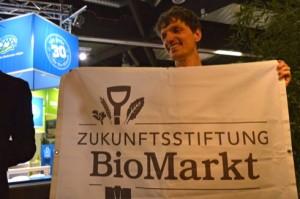 Spatenstich der Zukunftsstiftung Biomarkt mit Lukas Nossol (dennree)